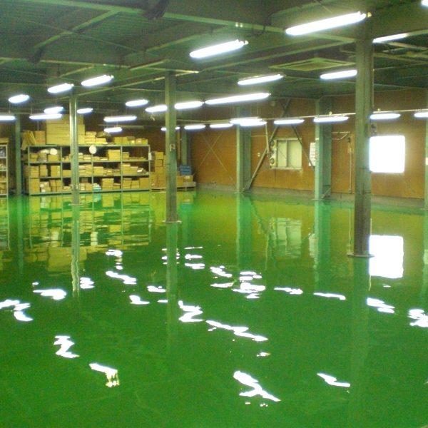 床塗装工事のリフォーム後