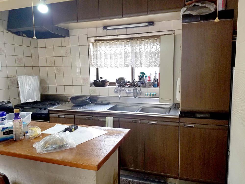 キッチンのリフォーム施工前