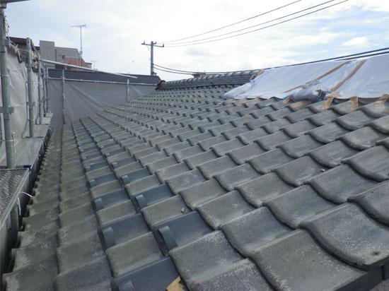 瓦屋根葺き替え工事の施工前